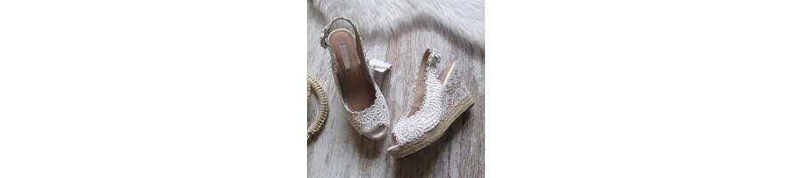 Artículos de calzado para complementar tus outfits